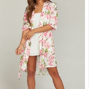 show me your mumu floral print robe